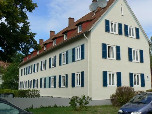 Darmstadt-Eberstadt, Lamellen-Läden mit Querfries. Alu 50-50