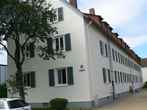Darmstadt-Eberstadt, Lamellen-Läden aus Alu mit Querfries
